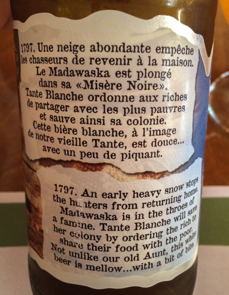 Etiquette et histoire de la biere Tante Blanche des Brasseurs du Petit-Sault
