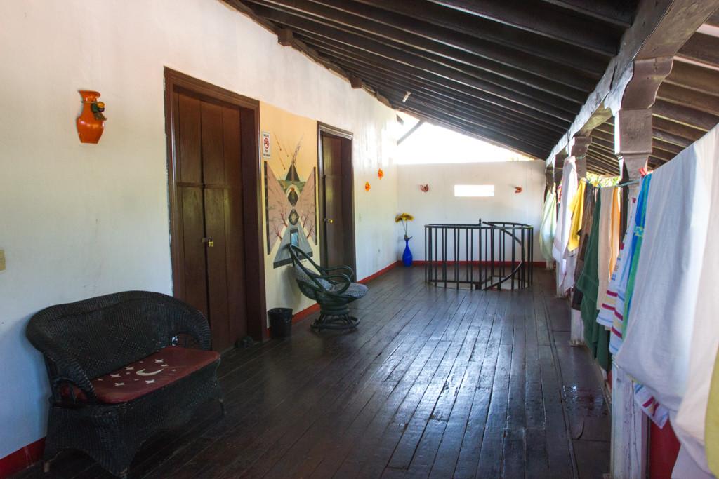 Balcon - Lazybones - Leon - Nicaragua