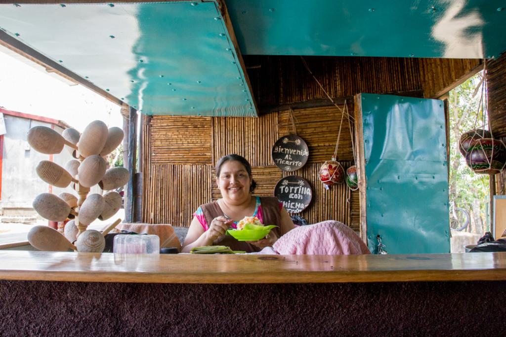 Cuisiniere de l'endroit - Catarina - Masaya - NIcaragua
