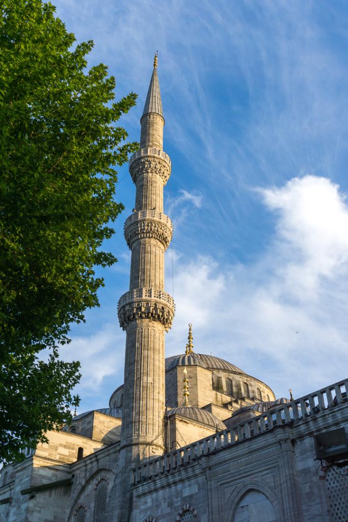 Minaret de la mosquee bleue dIstanbul