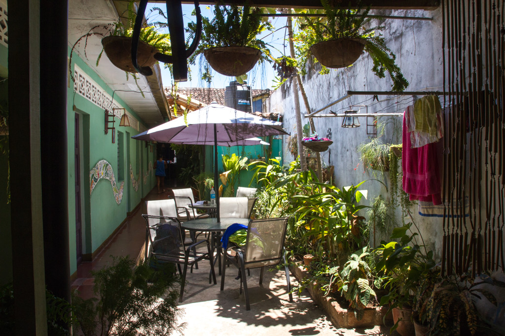 Terrasse - Granada — Hostal Entre Amigos - Nicaragua
