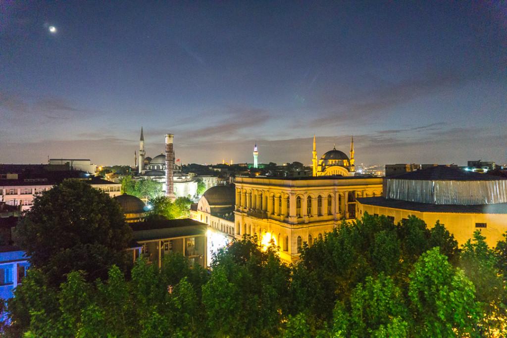 Vue de nuit du Pierre Loti Hotel Restaurant - Istanbul, Turquie
