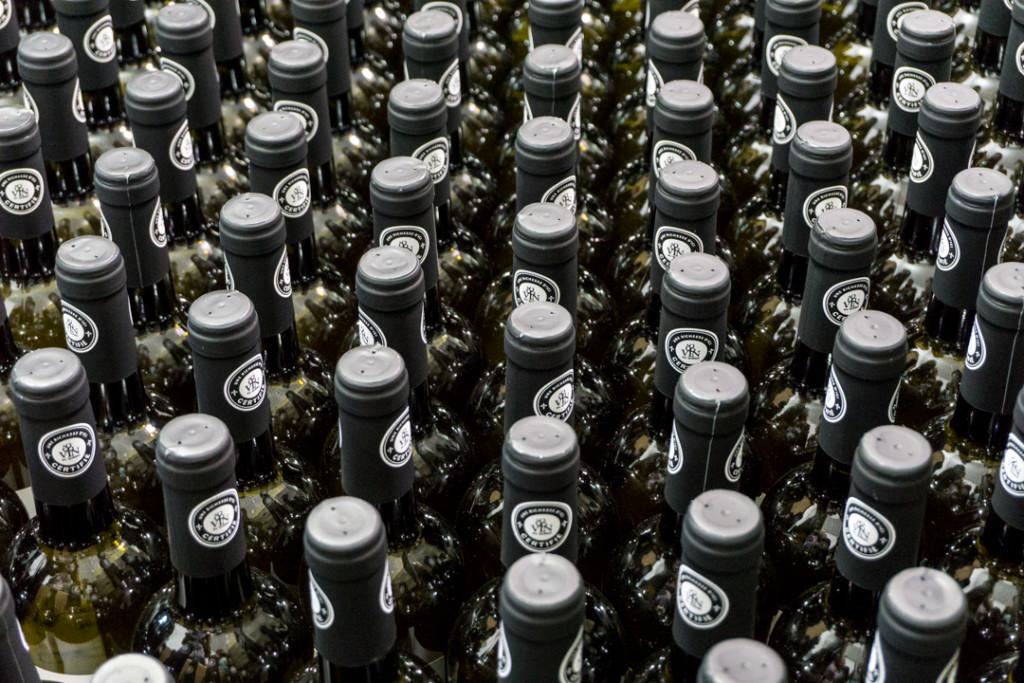 Des dizaines de bouteilles - Domaine De Lavoie