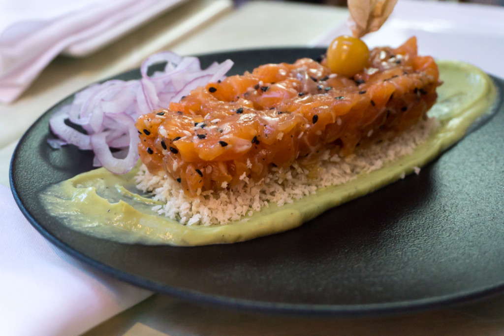 Bleu Moutarde - Tartare de saumon