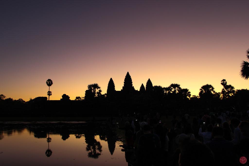 Angkor Wat au lever du soleil, Cambodge par Povécham