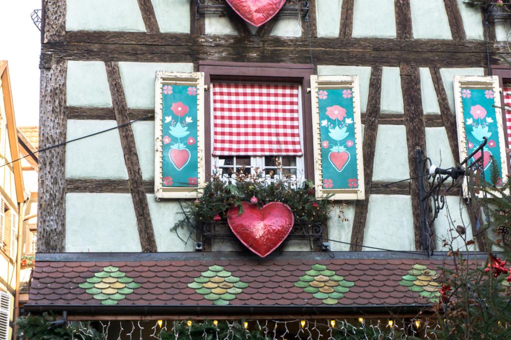 Jolie devanture de maison à Kaysersberg, France