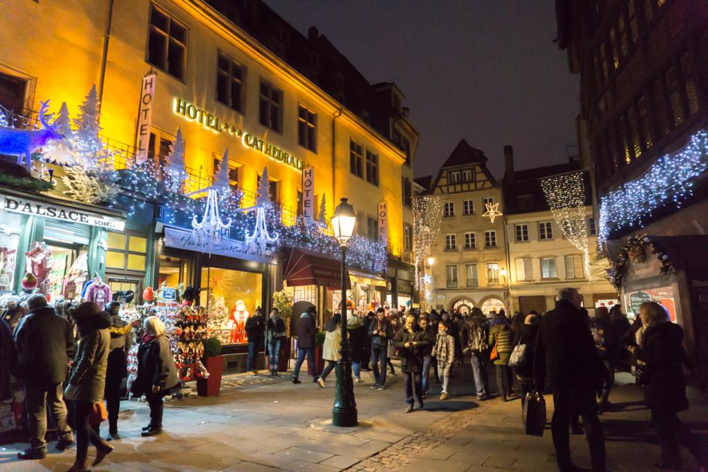 Rues du marché de Noël français de Strasbourg