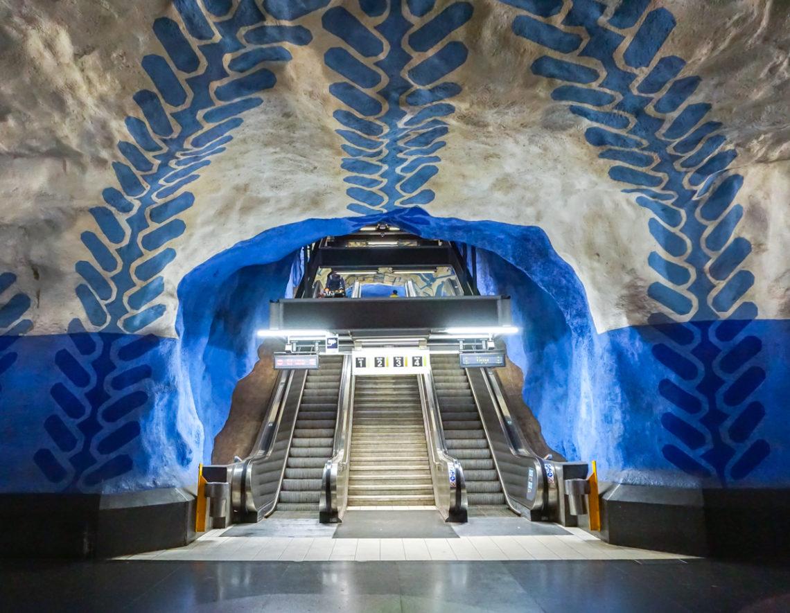 Galerie d'art dans le métro de Stockholm en Suède - Station T-Centralen