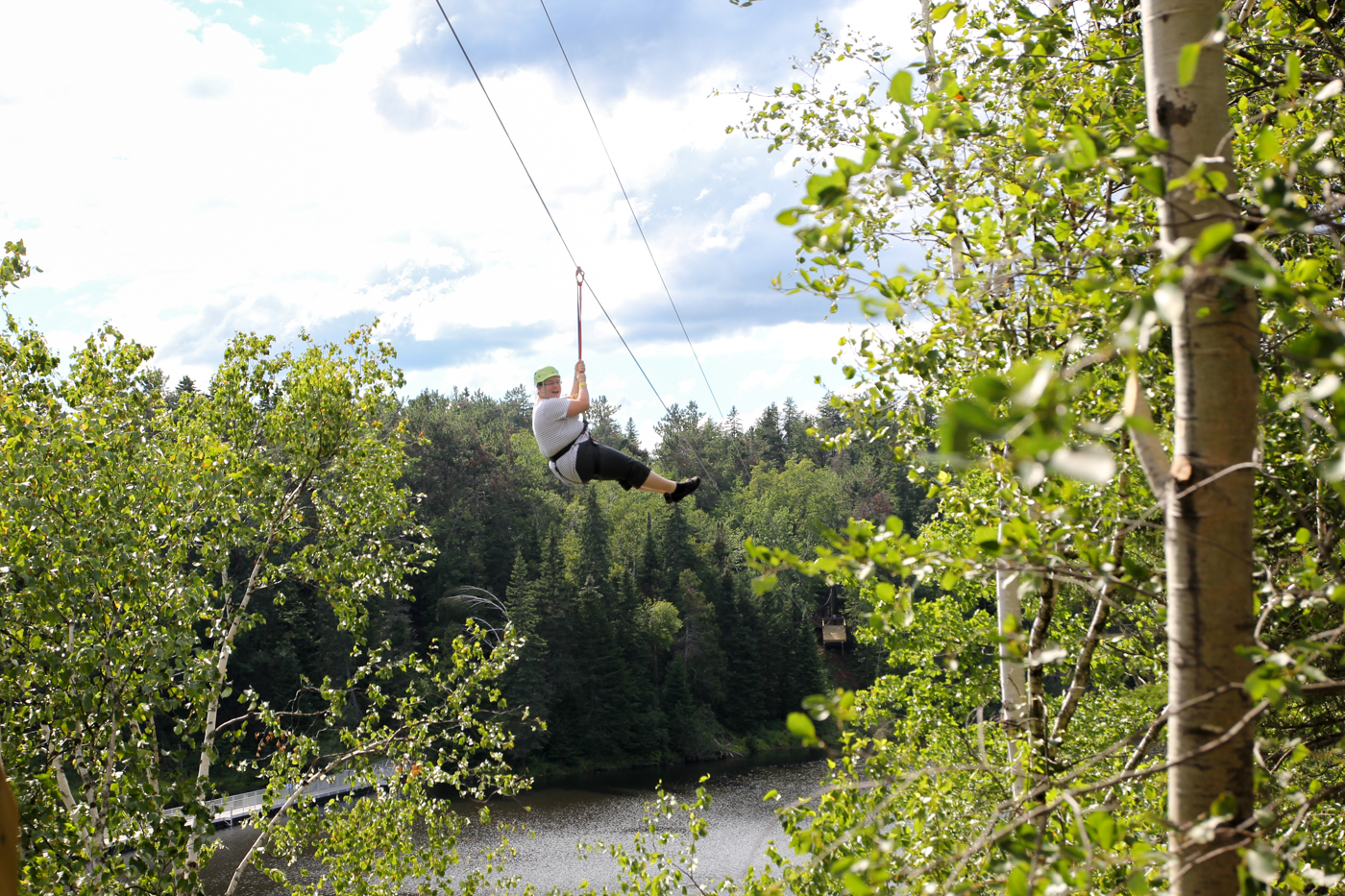 Zipline ou tyrolienne à French Fort Cove de Miramichi - Over the Cove Zip-Line