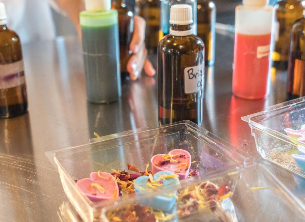 Création de savons - Activité Savons des Cantons