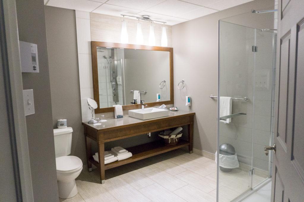 Salle de bains du Manoir du Lac-William