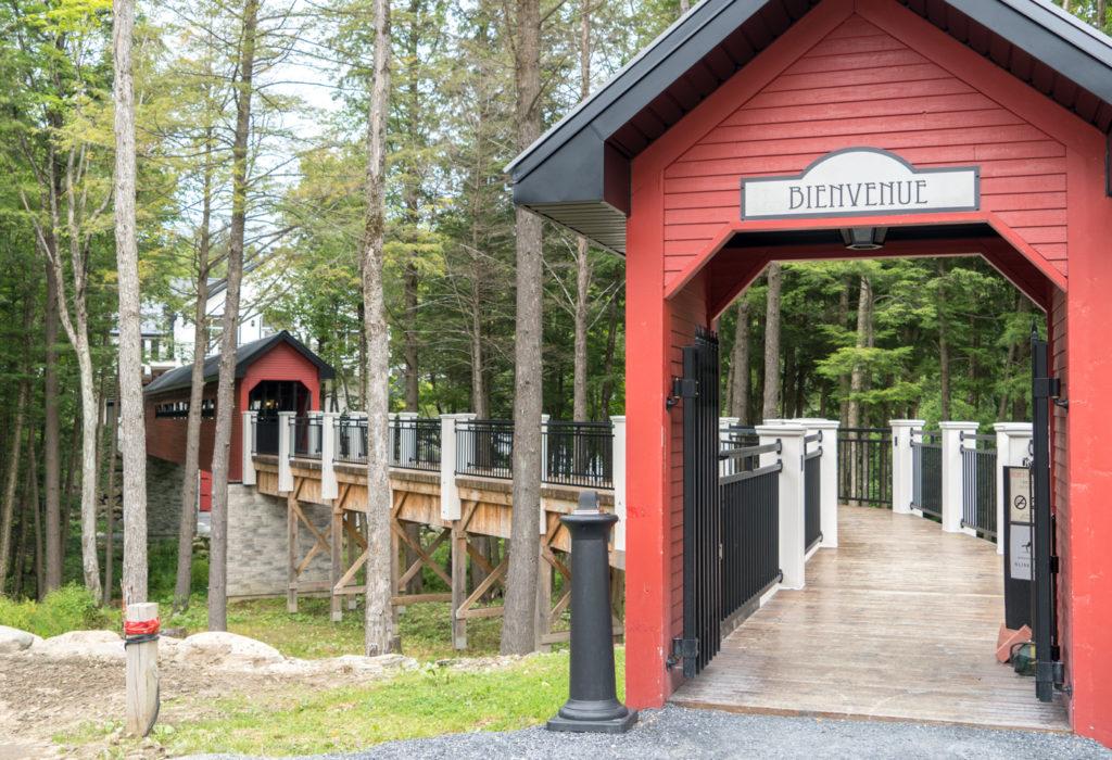 Pont couvert du vignoble du Ruisseau