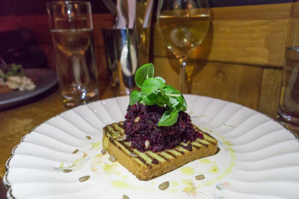 Tartare de betteraves du Cul-Sec - Où manger à Montréal?