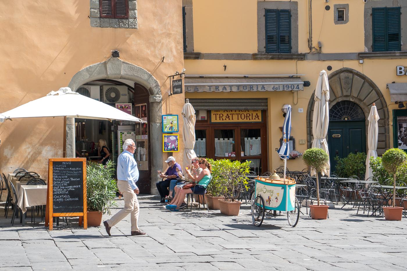 Terrasse de Cortona - Incontournables en Toscane