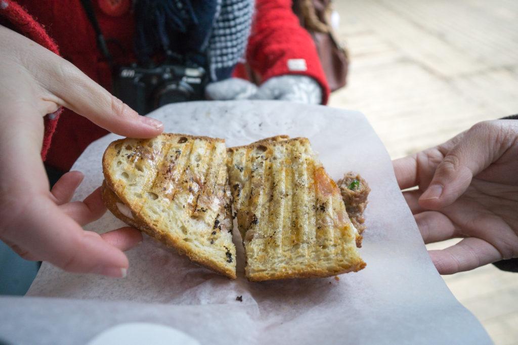 sandwich à la viande grillée