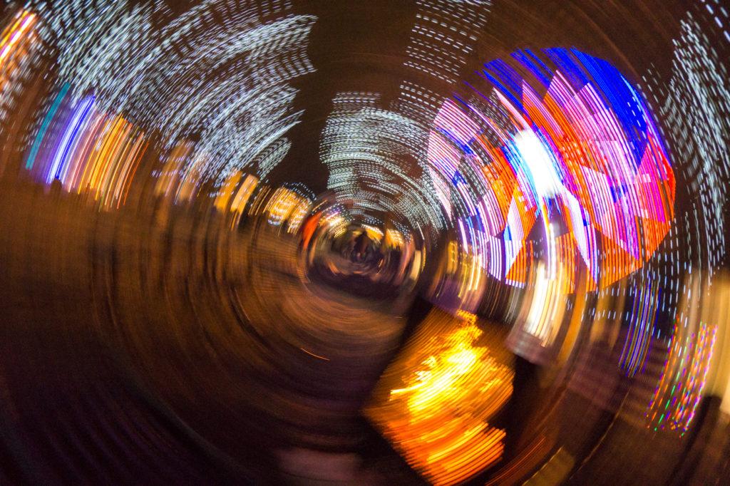 effet de lumière psychédélique au marché de Noël de Terrebonne