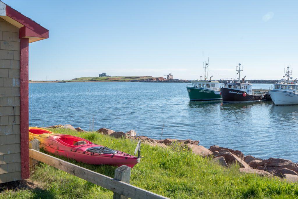 Kayak au port de l'Étang-du-Nord