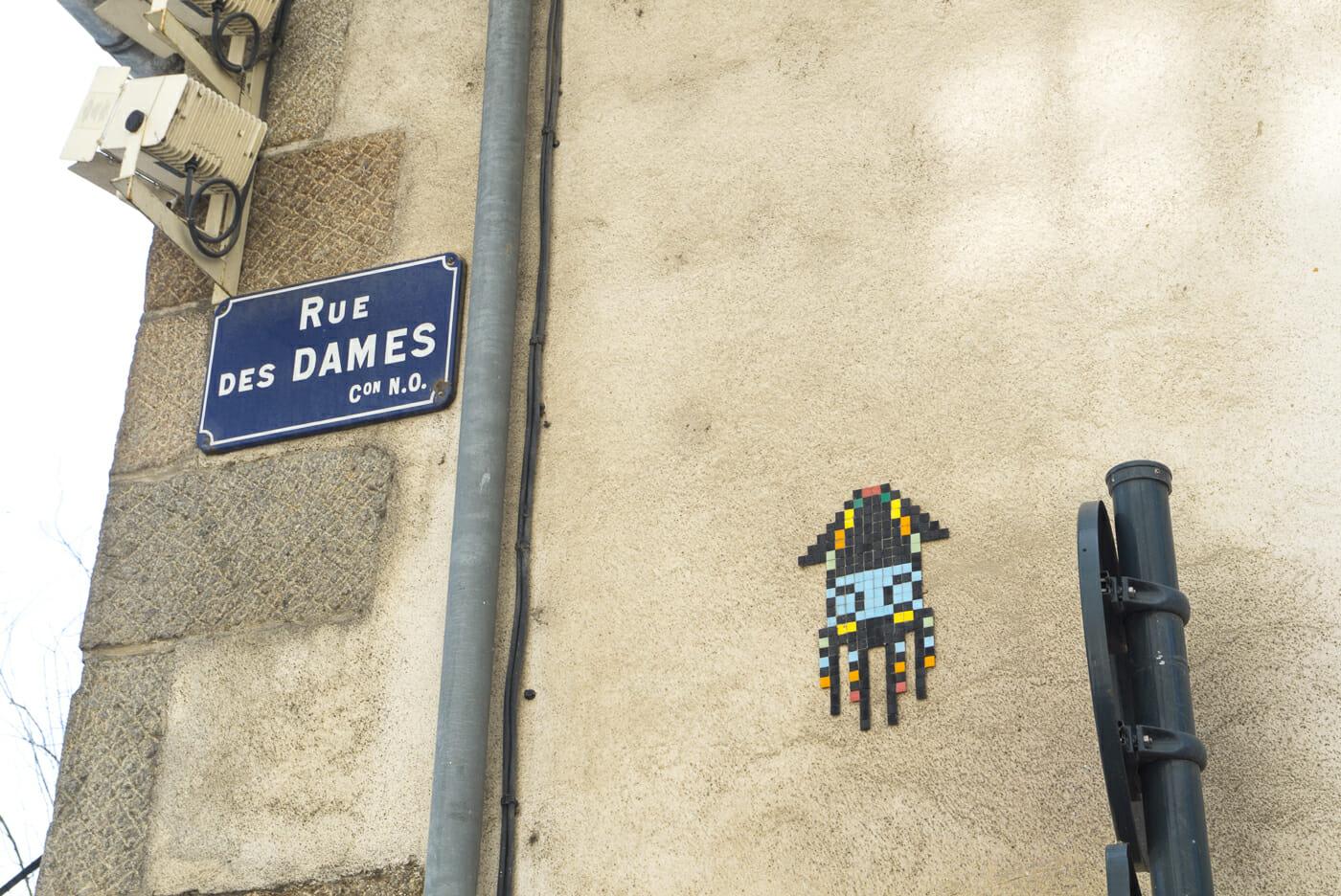 Céramiques d'un artiste d'art de rue à Rennes