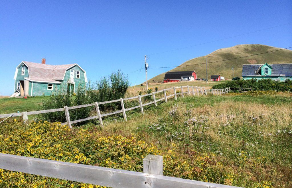 Maison colorée à l'île d'Entrée - Îles de la Madeleine