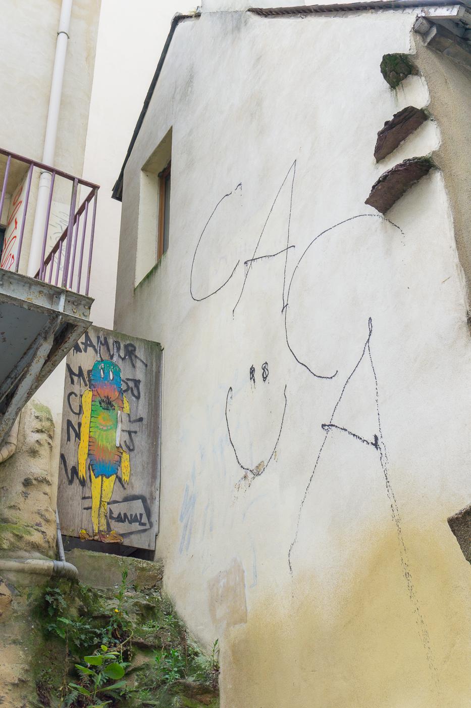 Street art « caca » à Rennes