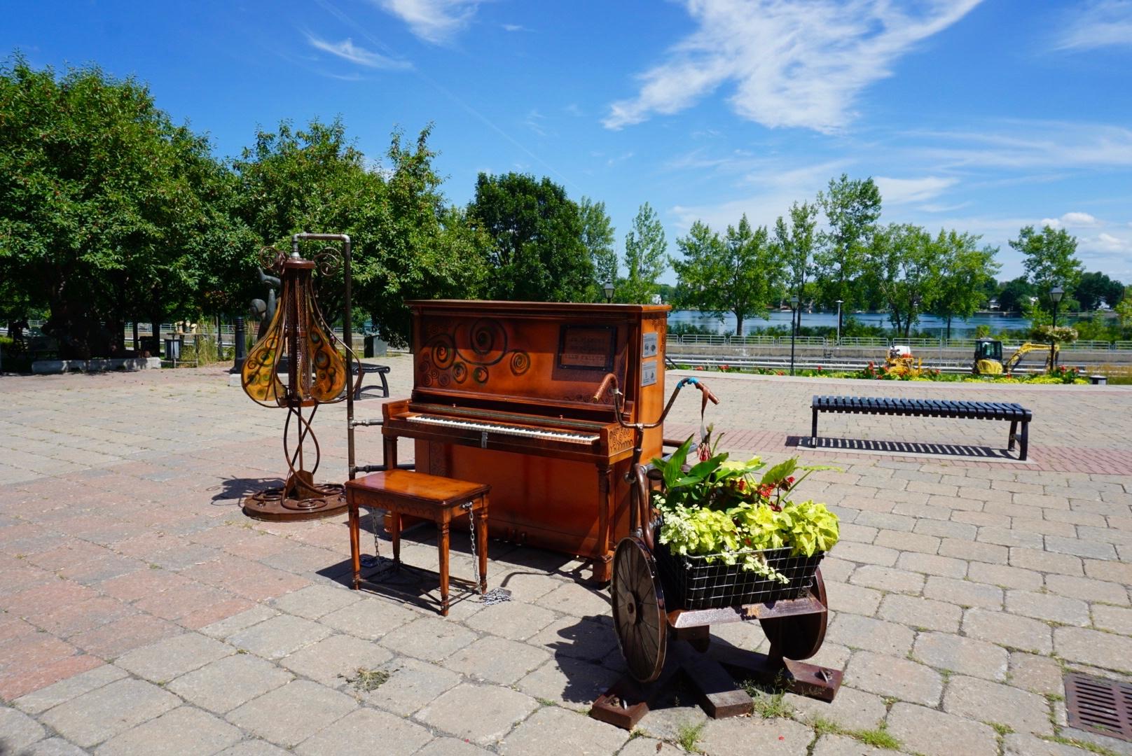 Piano sur la promenade de la rivière Richelieu