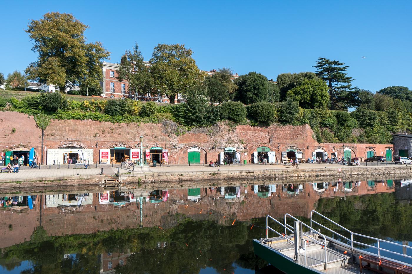 Exeter Quayside - promenade au bord de l'eau
