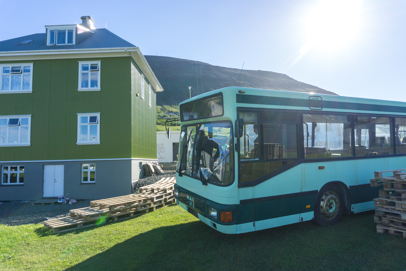Simbahöllin Café à Thingeyri dans les Fjords de l'Ouest en Islande