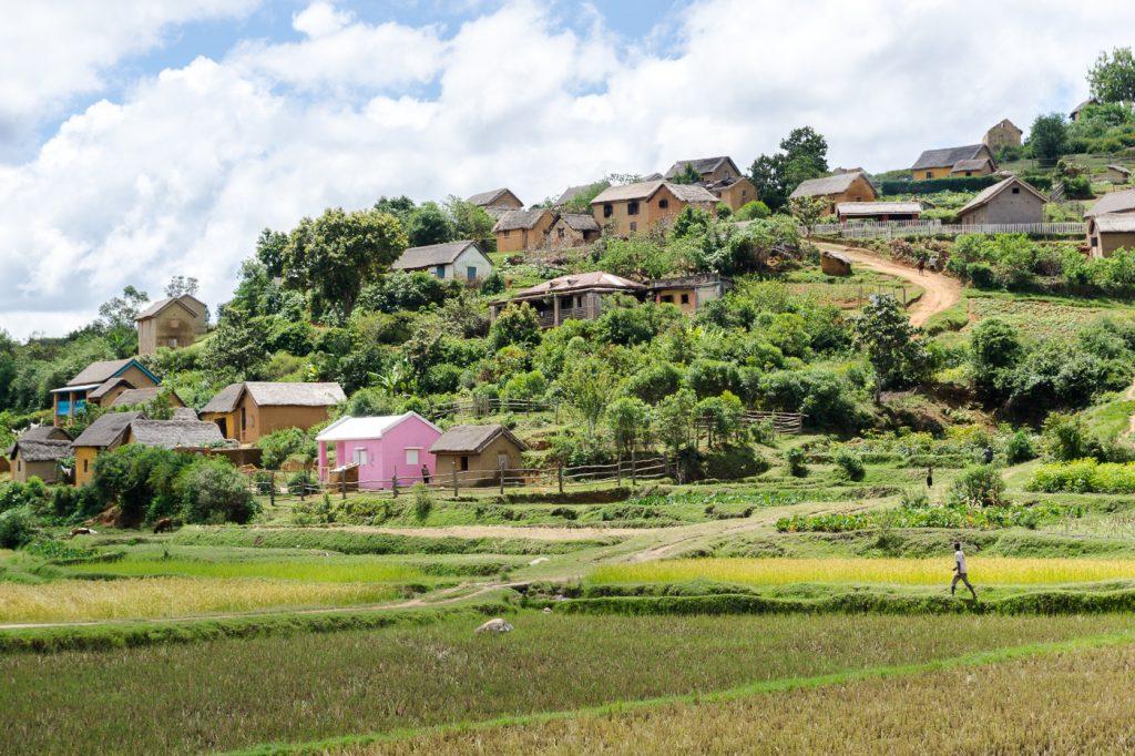 Fermier à l'oeuvre à Madagascar