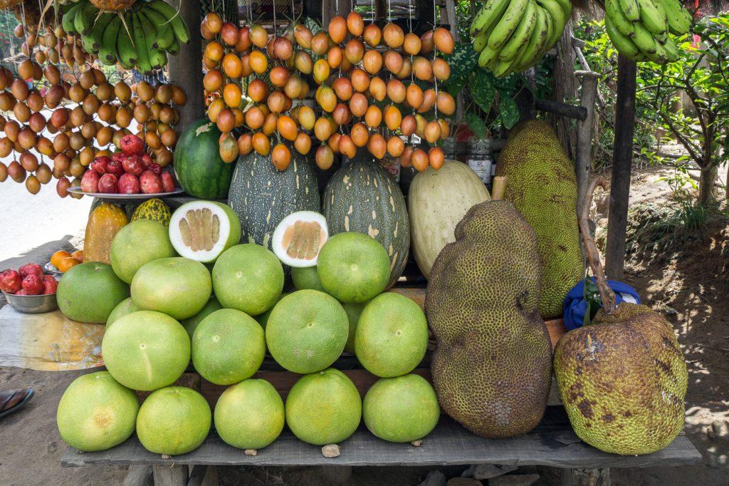 Kiosque de vente de fruits à Madagascar