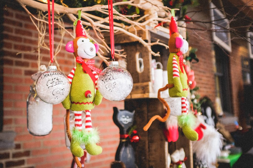 Ornements de Noël - Marché de Noël du Vieux-St-Jean en Montérégie, Québec