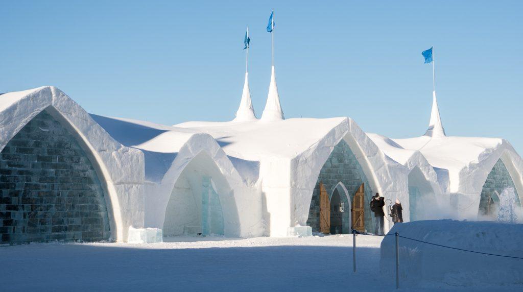 Quoi faire pendant le carnaval de Québec - Hôtel de glace