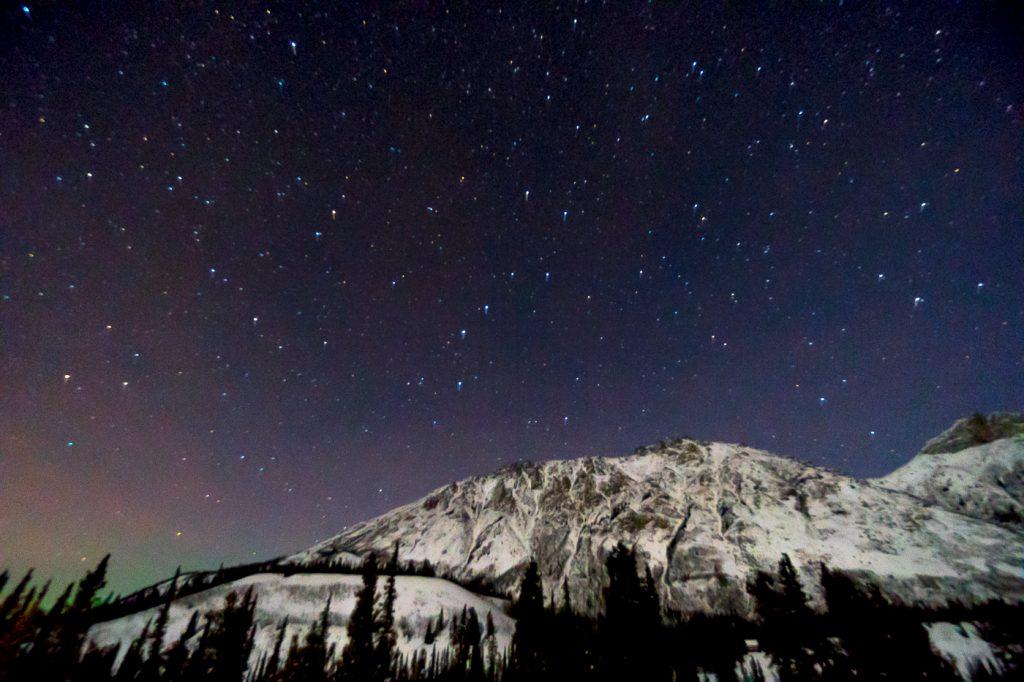 Ciel étoilé et aurores boréales - Yukon, Whitehorse Gray Ridge Lodge