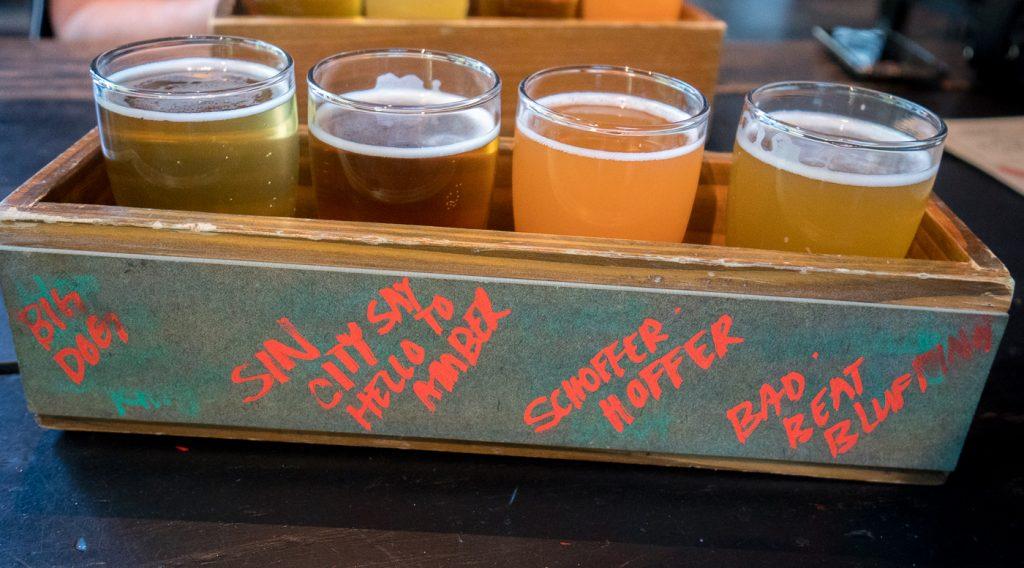 dégustation de bières au Beerhaus at the Park, Las Vegas
