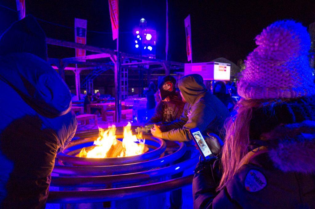Feu pour se réchauffer - Quoi faire au Carnaval de Québec