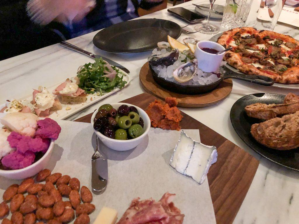 Menu à petit budget du happy hour de Masso Osteria, Las Vegas