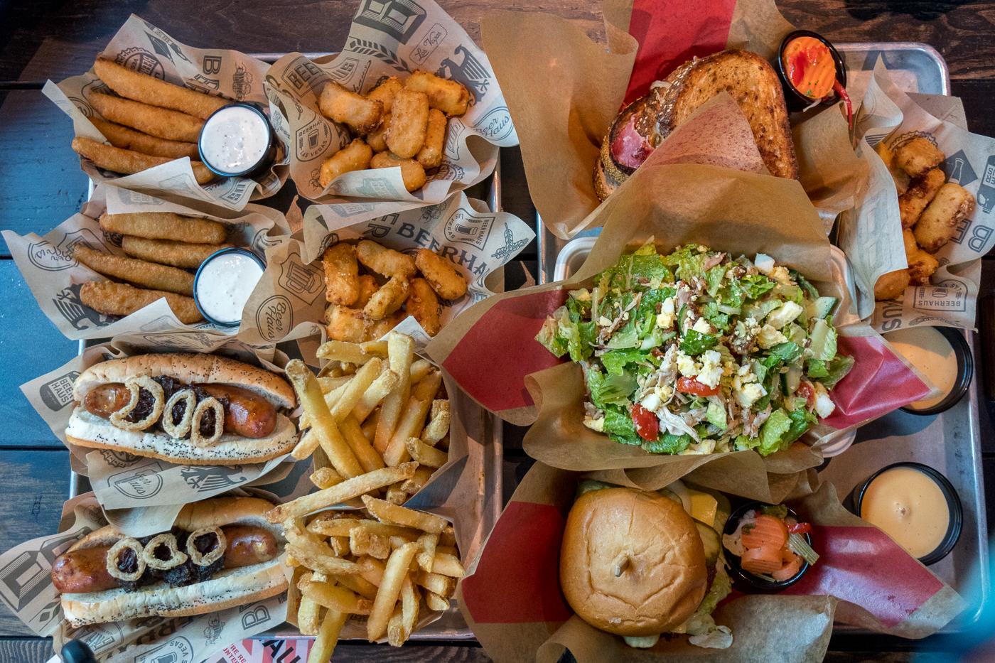 Hot dogs du Beerhaus at the Park - Voyage à Las Vegas à petit budget