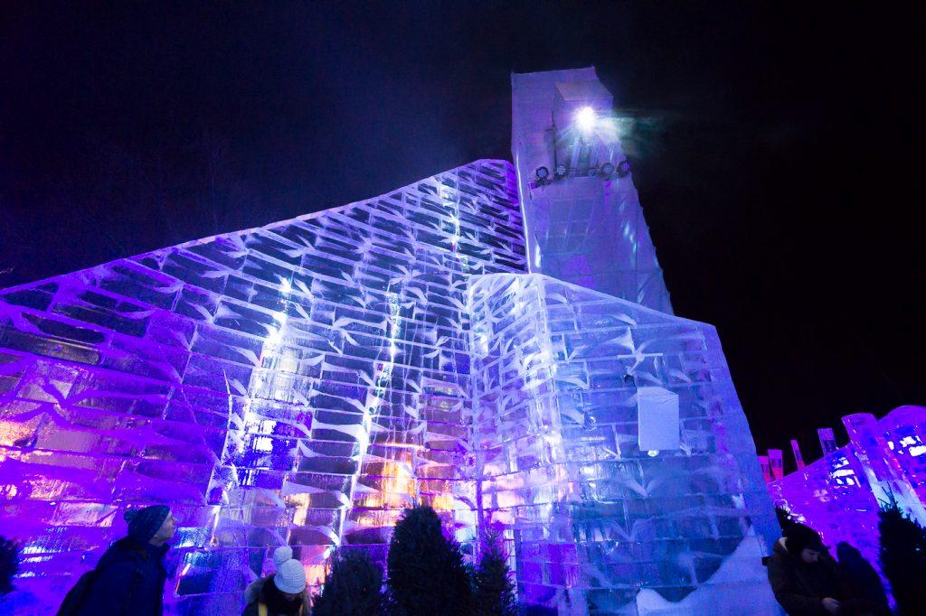 Sculpture château de glace - Carnaval de Québec City - Canada