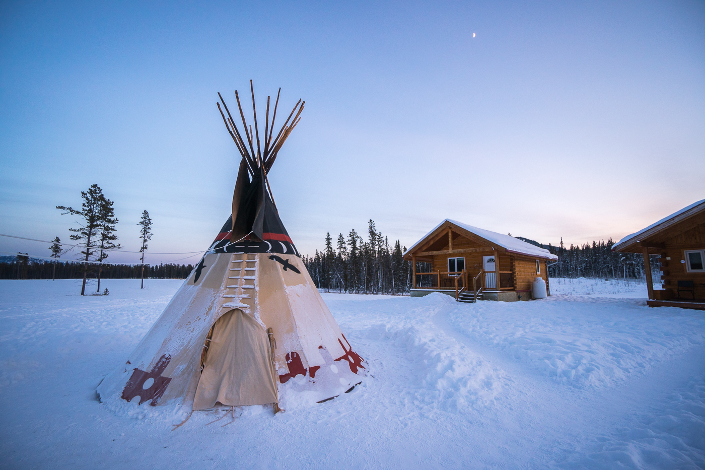 Tipi du Northern Lights Resort and Spa de Whitehorse, Yukon