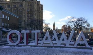 Enseigne voyage à Ottawa
