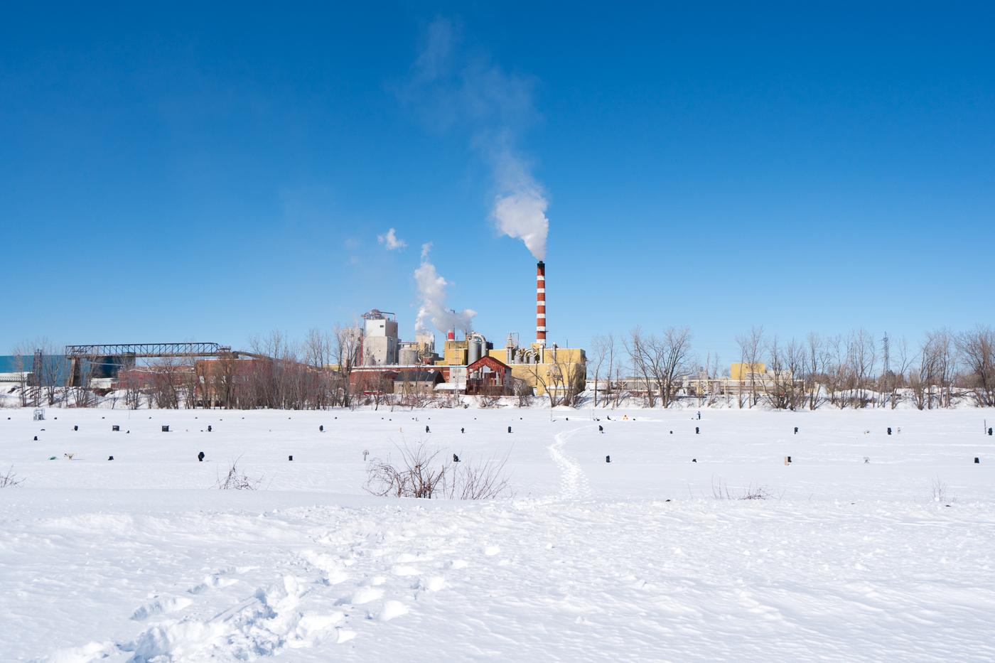 Usine et panorama de Trois-Rivières, Québec
