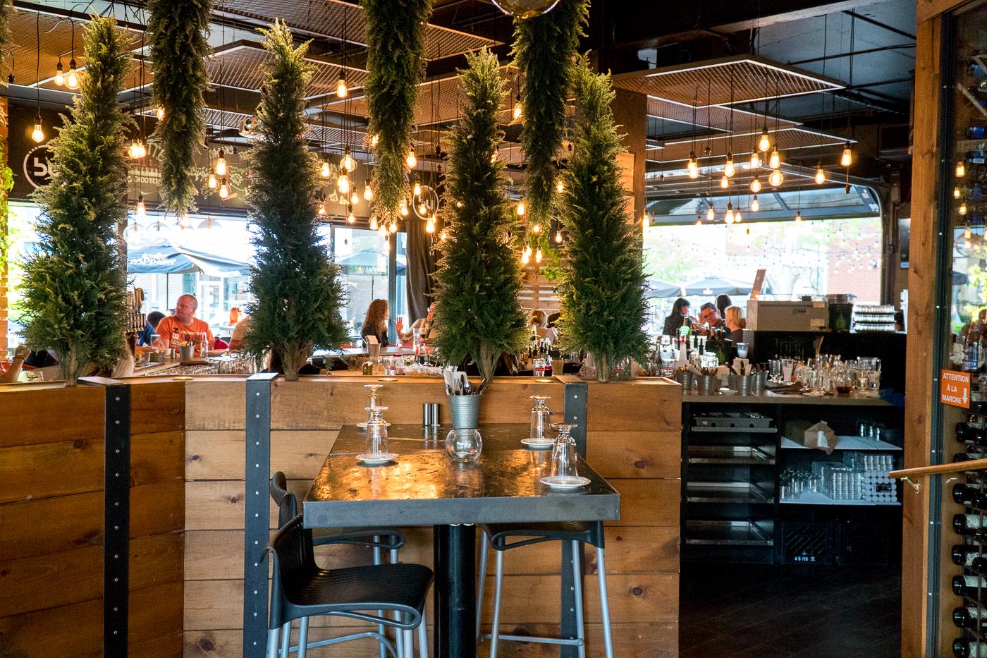 Décor intérieur du restaurant l'Établi Brasserie Urbaine
