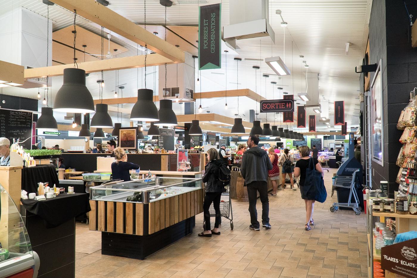 Intérieur du marché public - Quoi faire à Drummondville, Québec
