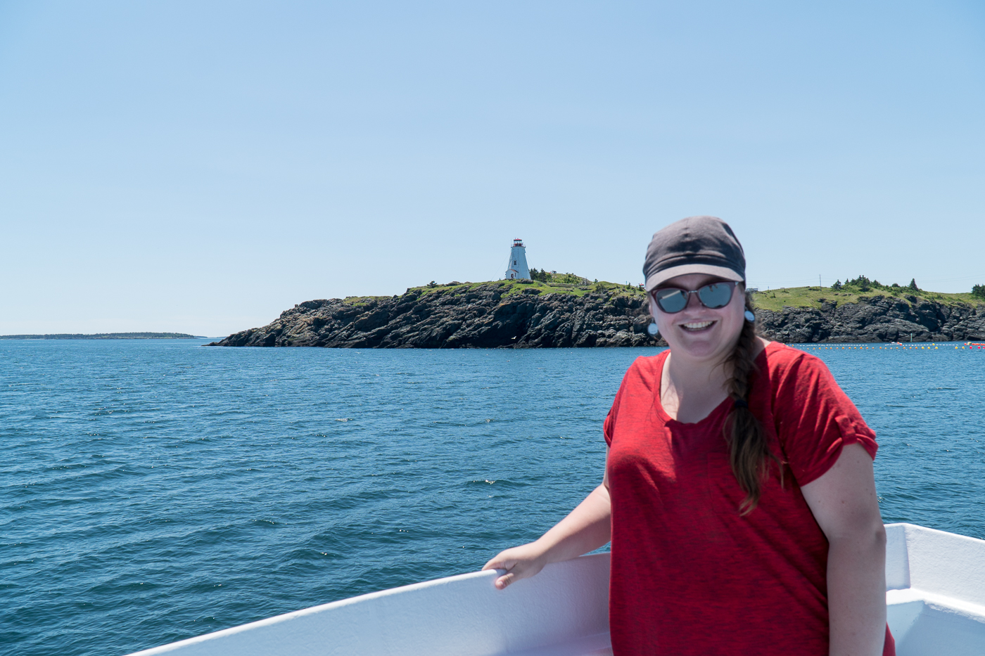 Jennifer devant Swallow Tail Lighthouse de Grand Manan