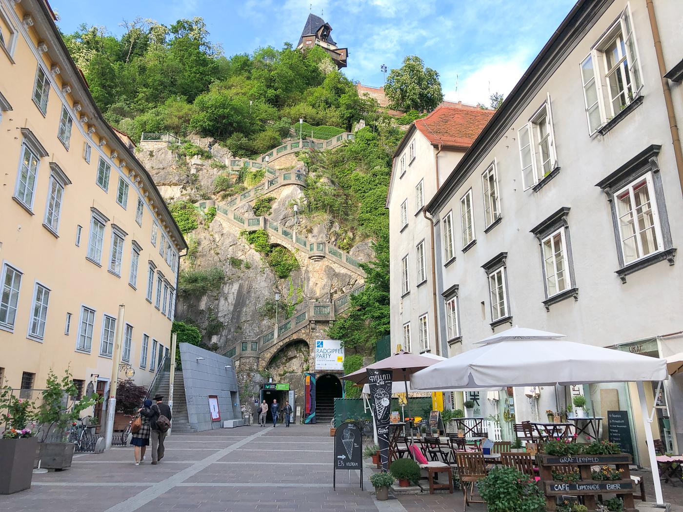 escaliers du Schlossberg de Graz