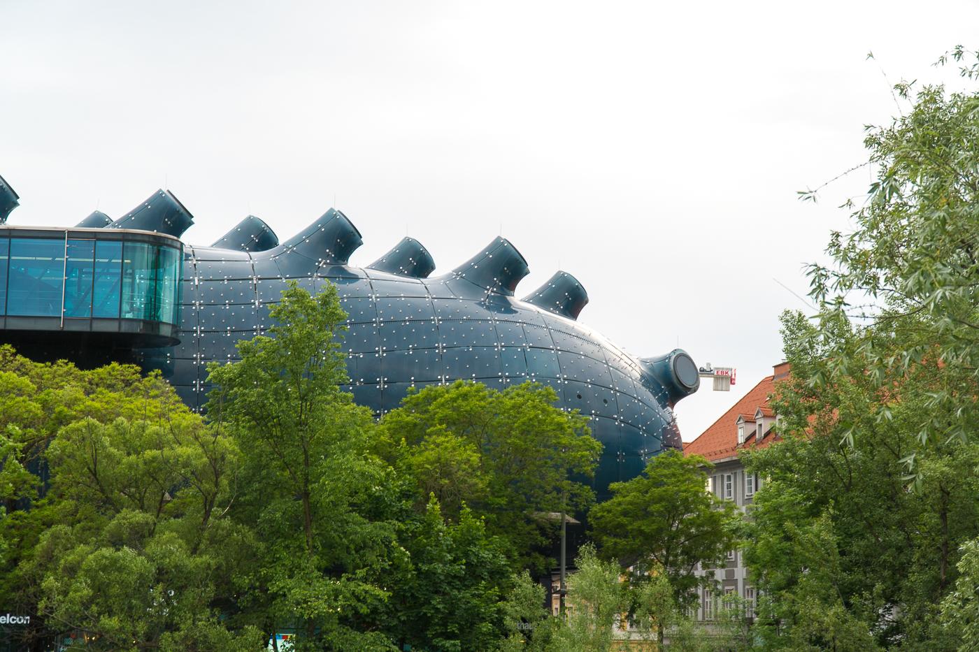 Extérieur du musée Kunsthaus Graz et son friendly alien