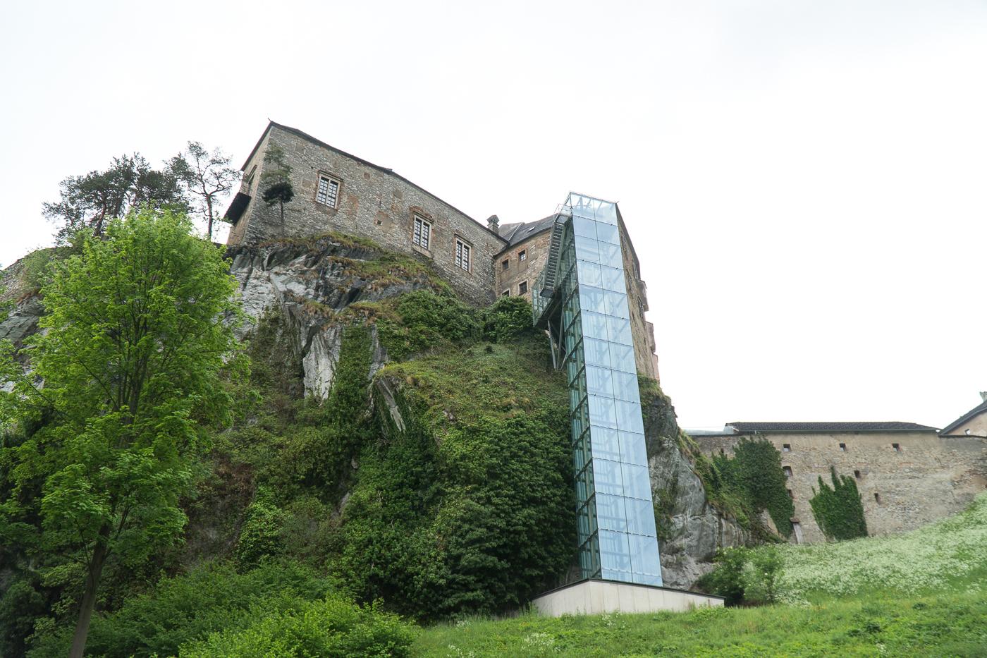 Ascenseur à 180 degrés du Burg Rabenstein