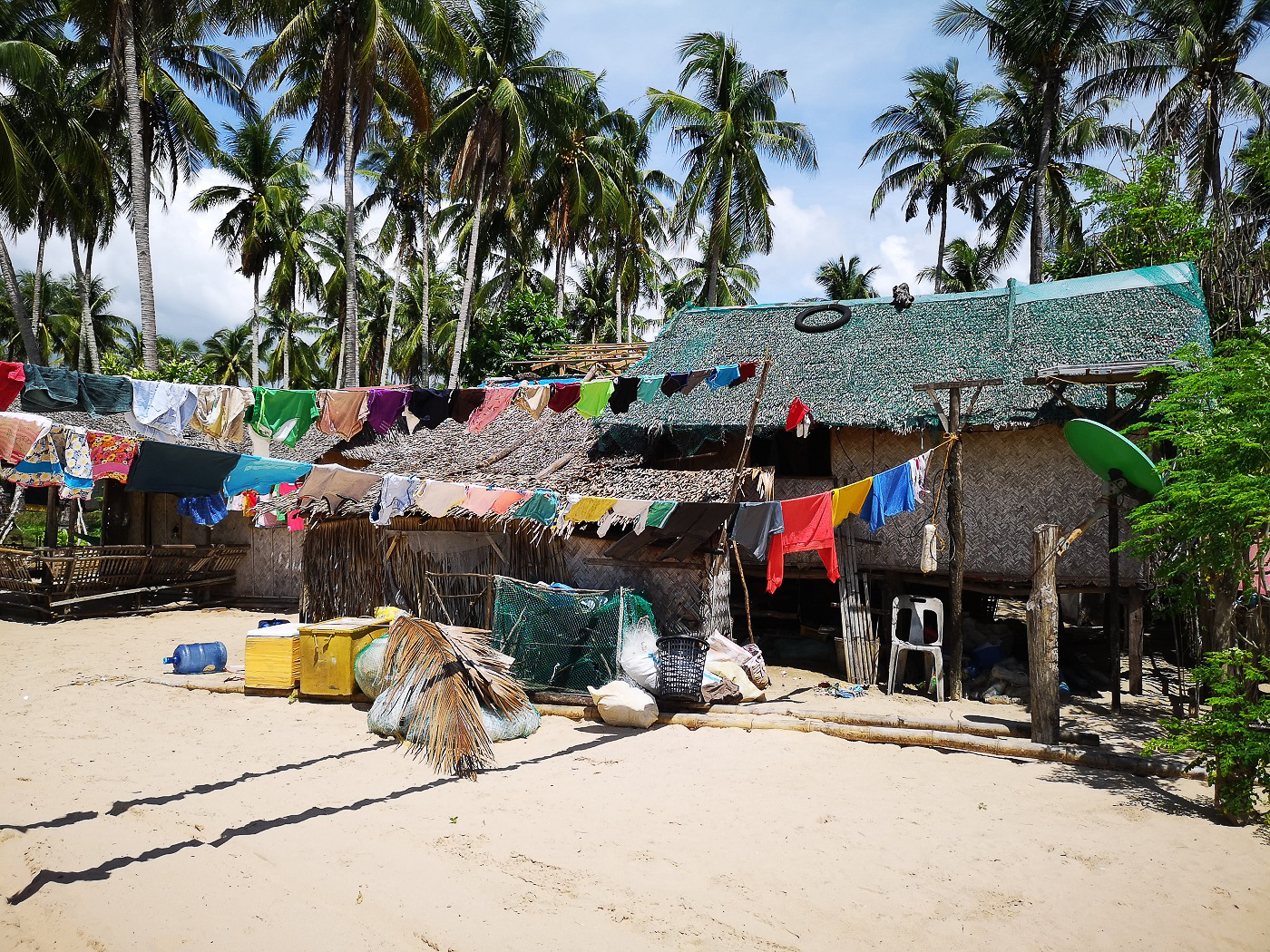Cordes à linge colorées - Voyage aux Philippines