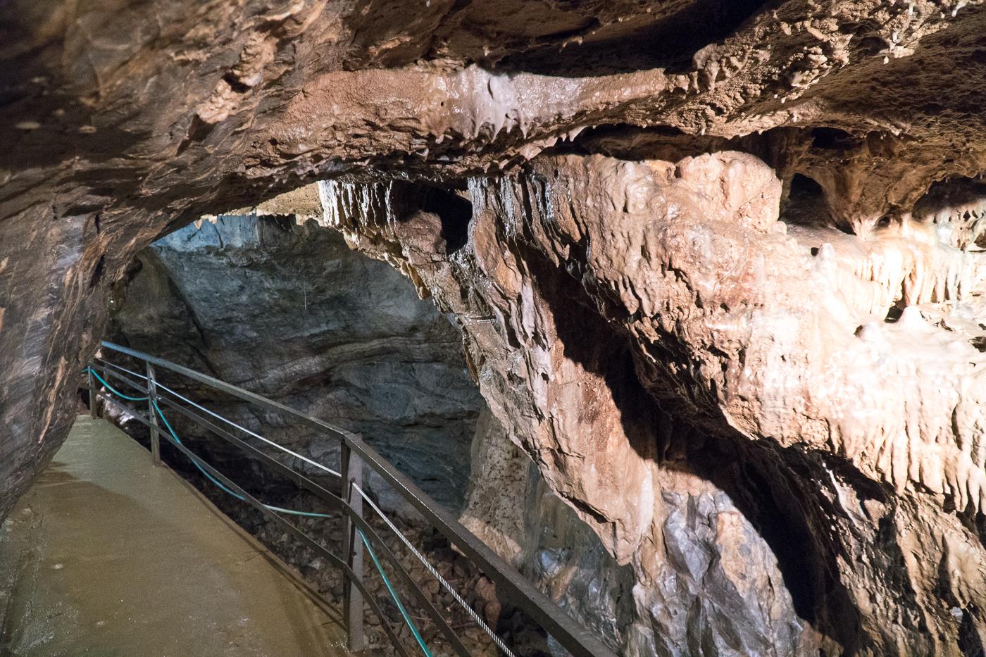 Passage dans la caverne Lurgrotte Peggau