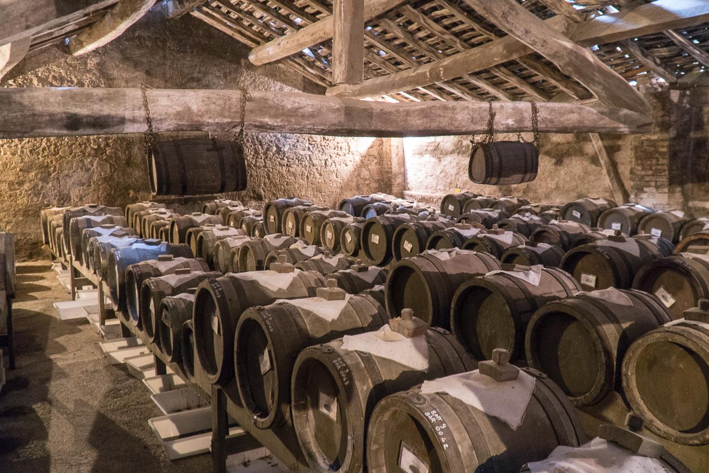 barils de vinaigre balsamique au Venturini Baldini en Italie