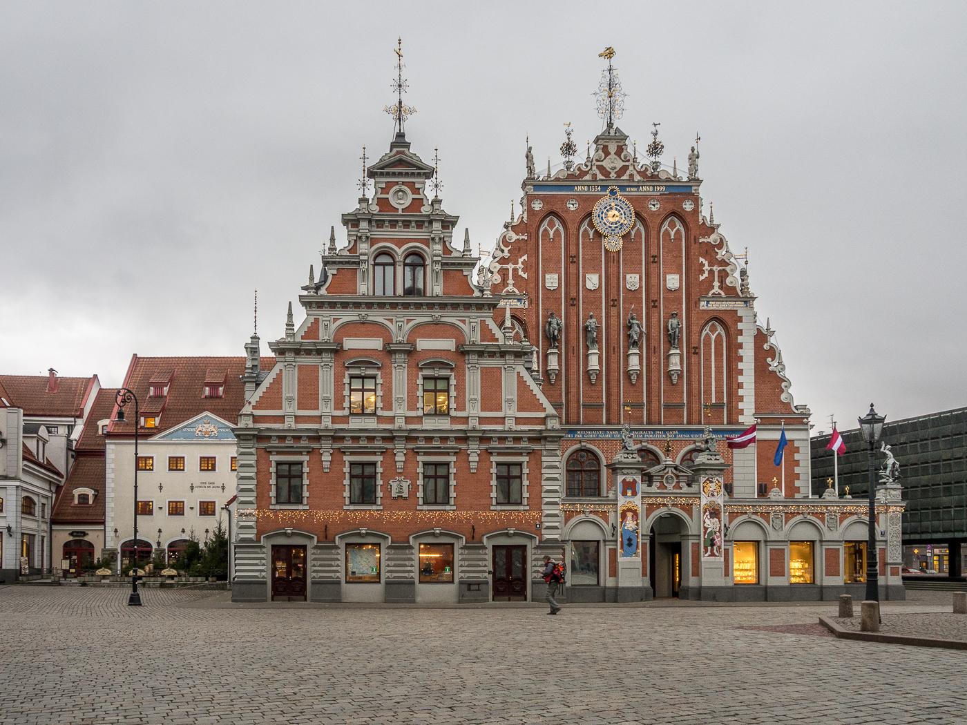 Façade en voyage à Riga Lettonie en 2020 - Mel Loves Travels